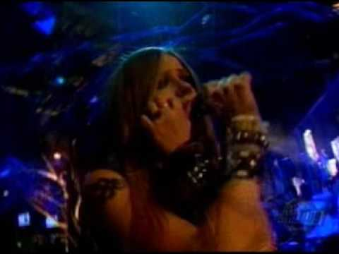 Avril Lavigne - Complicated (Live At Much Music Video Awards 2002)