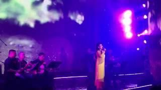 Danh ca Khánh Ly đẹp và buồn, hát Diễm xưa ở tuổi 72