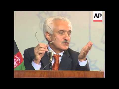 Pakistani Foreign Minister meets with Afghan counterpart
