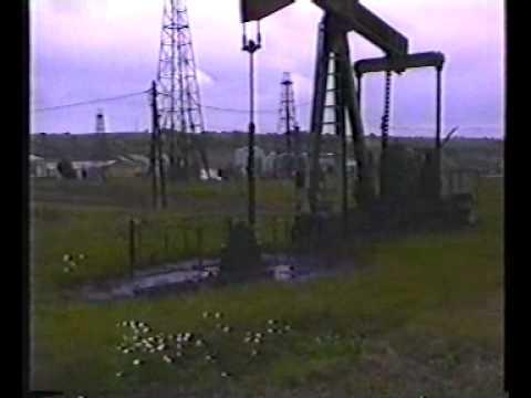 van-Sickle Ölfeld, alte Erdölförderanlagen 1996 (Niederösterreich)