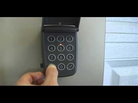 Comment changer le code de 4 chiffres sur votre clavier for Comment ouvrir une porte de garage automatique