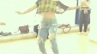 ladki ka sexy dance