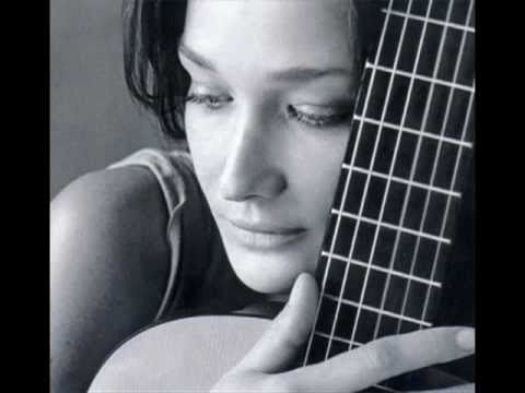 "La Shivi Romantica: ""L'amour"" ~ Carla Bruni ~ (+ Lyrics )"