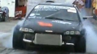 Honda Civic 2.0 Turbo Vs. Honda Civic B16 Drag Race [1/4 Mile]