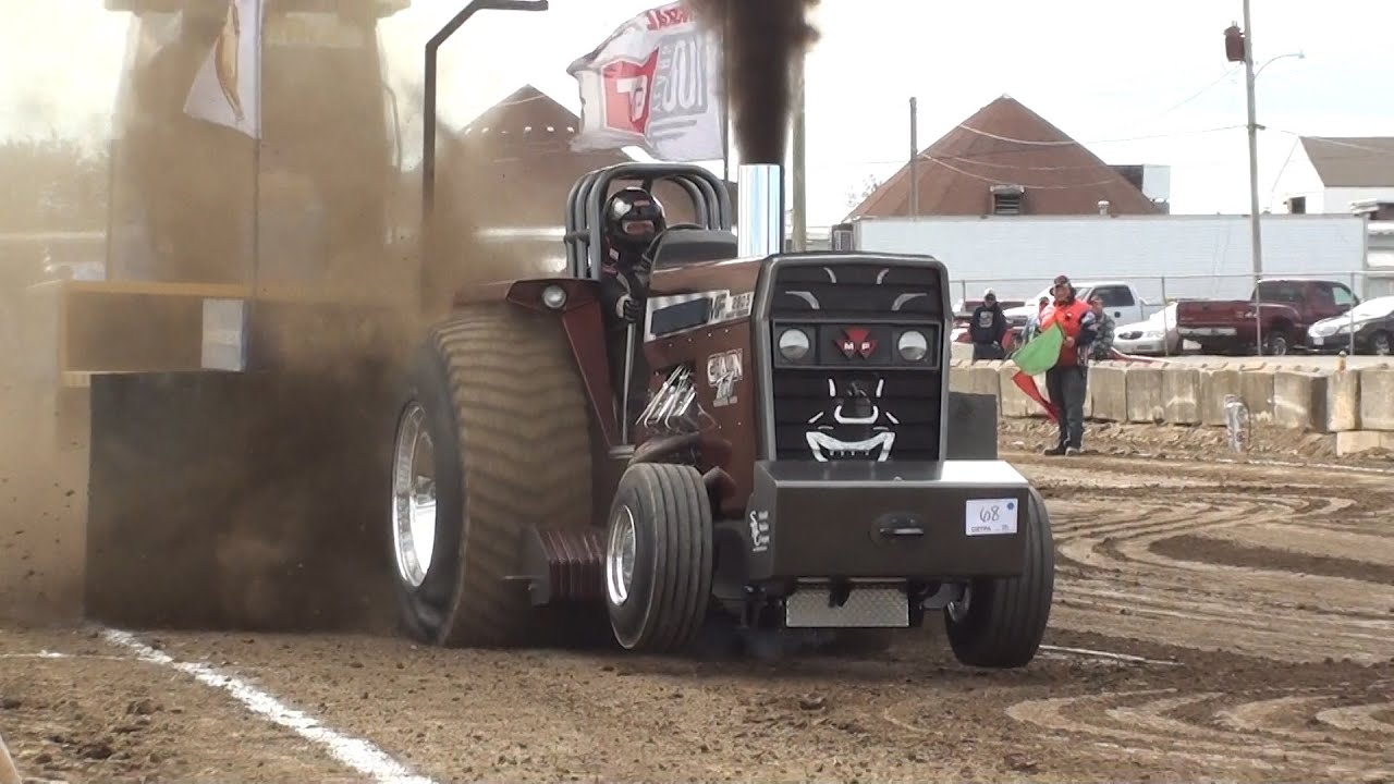 Pro Stock Garden Tractor Puller : Ostpa pro stock tractors pulling at kenton oh youtube