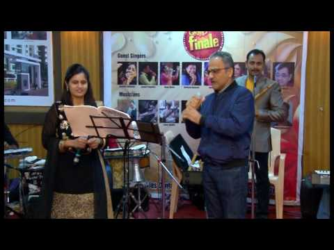 Jaane Kyun Log Pyaar Karte by Vivek Rijhwani & Rajitha Khan at Jashn Grand Finale
