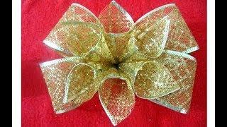 Moños navideños con flores en cintas de organza