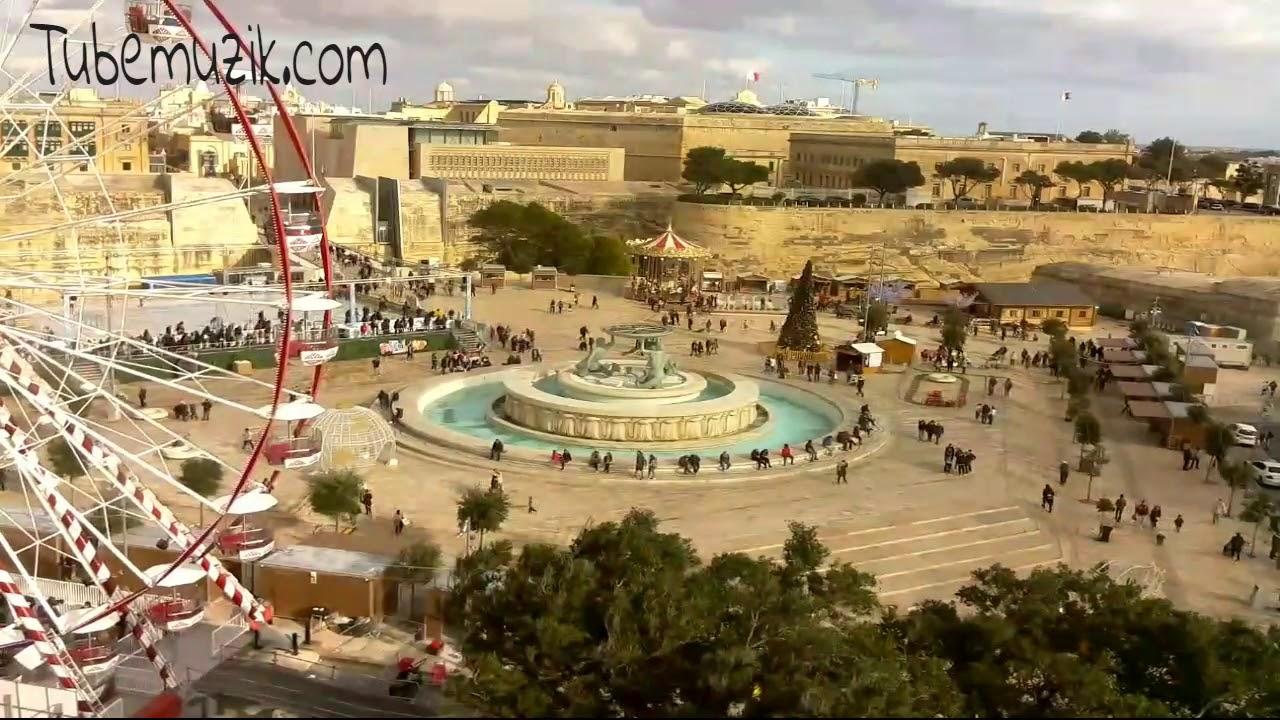 Malta - Floriana - Triton Źródło