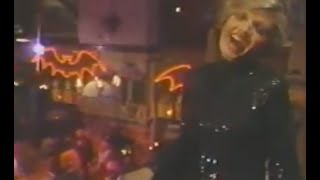 "Florence Henderson sings ""That Old Black Magic"" on The Paul Lynde Halloween Special"
