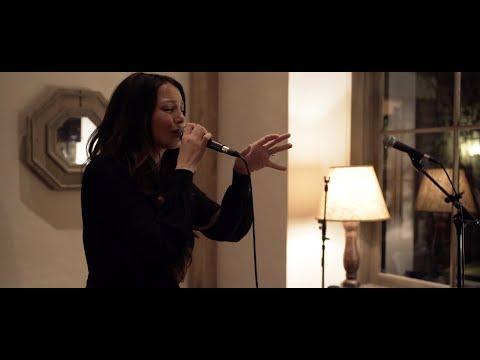Ricki-Lee - Edge Of Glory (LIVE Piano Version)