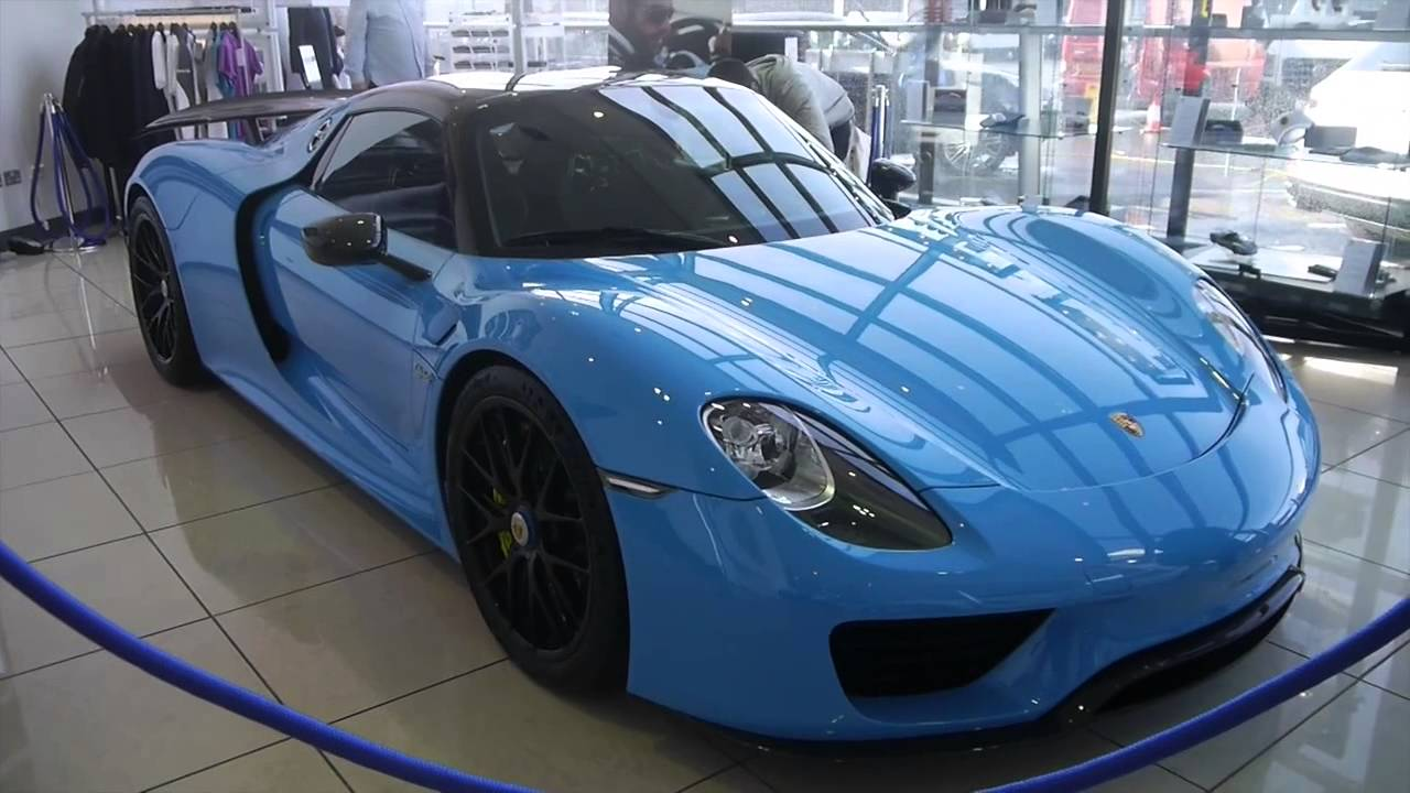1million porsche 918 spyder in belfast with weissach package mexico blue youtube. Black Bedroom Furniture Sets. Home Design Ideas