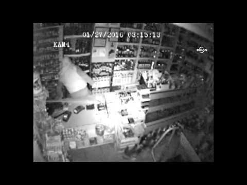 Maskeli şahısların 3 Dakikalık Dükkan Soygunu Kamerada