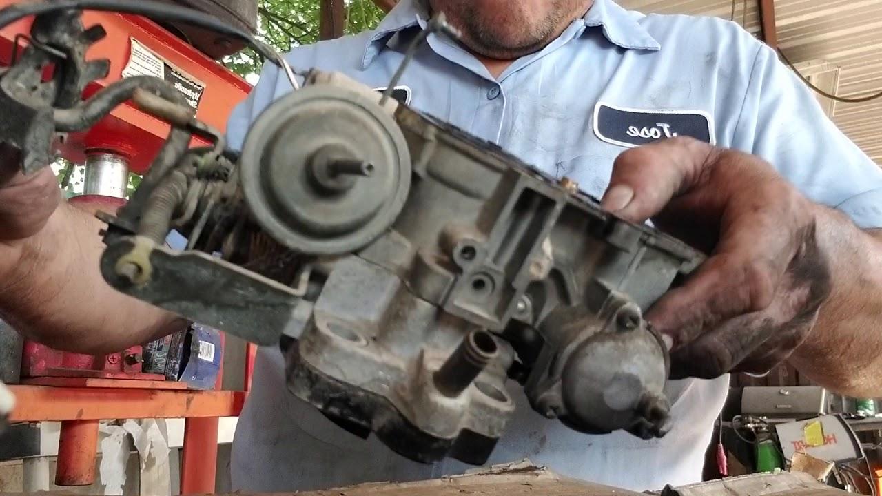 De sarmando un carburador de pick toyota año 88 motor 22R