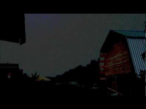 Дождь на даче. Молния смотреть онлайн бесплатно — хорошее