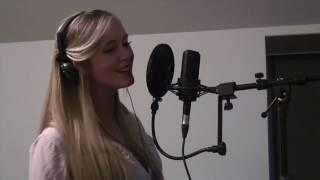 Аж мурашки по коже!!!!! Невероятно красивый голос!!