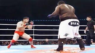 Боец вышел на бой против огромного амбала и охренел / Это вам не UFC - Fight 185 kg VS 91 kg