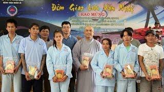 Hội 14 Chữ phát quà tết cho bệnh nhân BV Nhân Ái