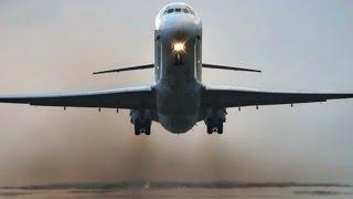Loud & Smoky McDonnell Douglas MD-80 Takeoff at Princess Juliana (Full HD1080p)