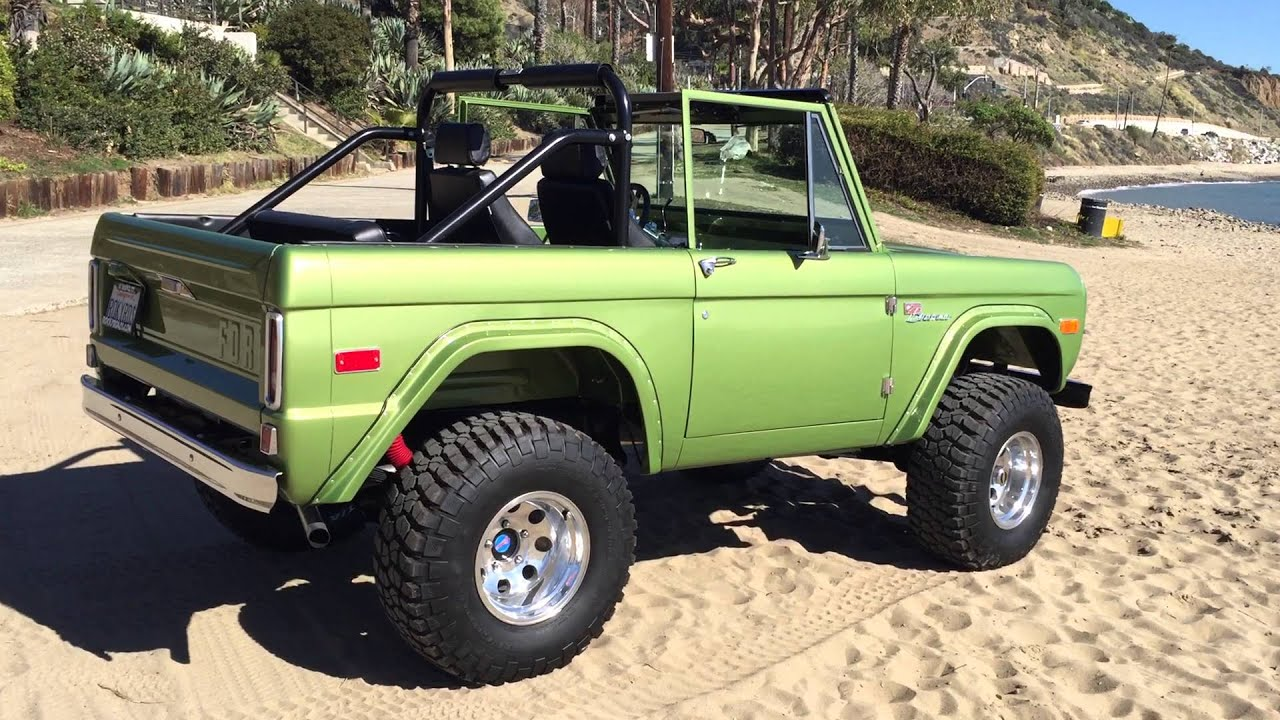 Classic Ford Bronco >> 1971 Classic Ford Bronco on the beach - YouTube