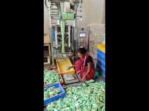 AUTOMATIC OIL TIN FILLING MACHINE from YouTube · Duration:  1 minutes 36 seconds