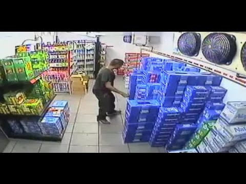 bbfae0456deb1 Deputies look for two men who stole beer from Circle K - YouTube