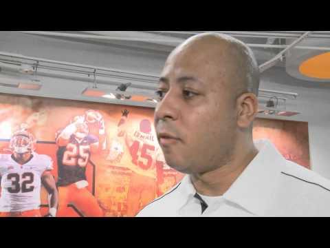 New Tight Ends Coach Bobby Acosta - Syracuse Football