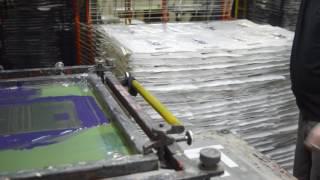 Печать методом шелкографии на пакетах ПВД(, 2016-11-01T12:22:56.000Z)