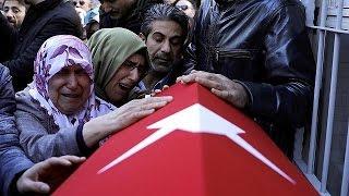 تشييع جنازة ضحايا الاعتداء على الملهى الليلي في اسطنبول