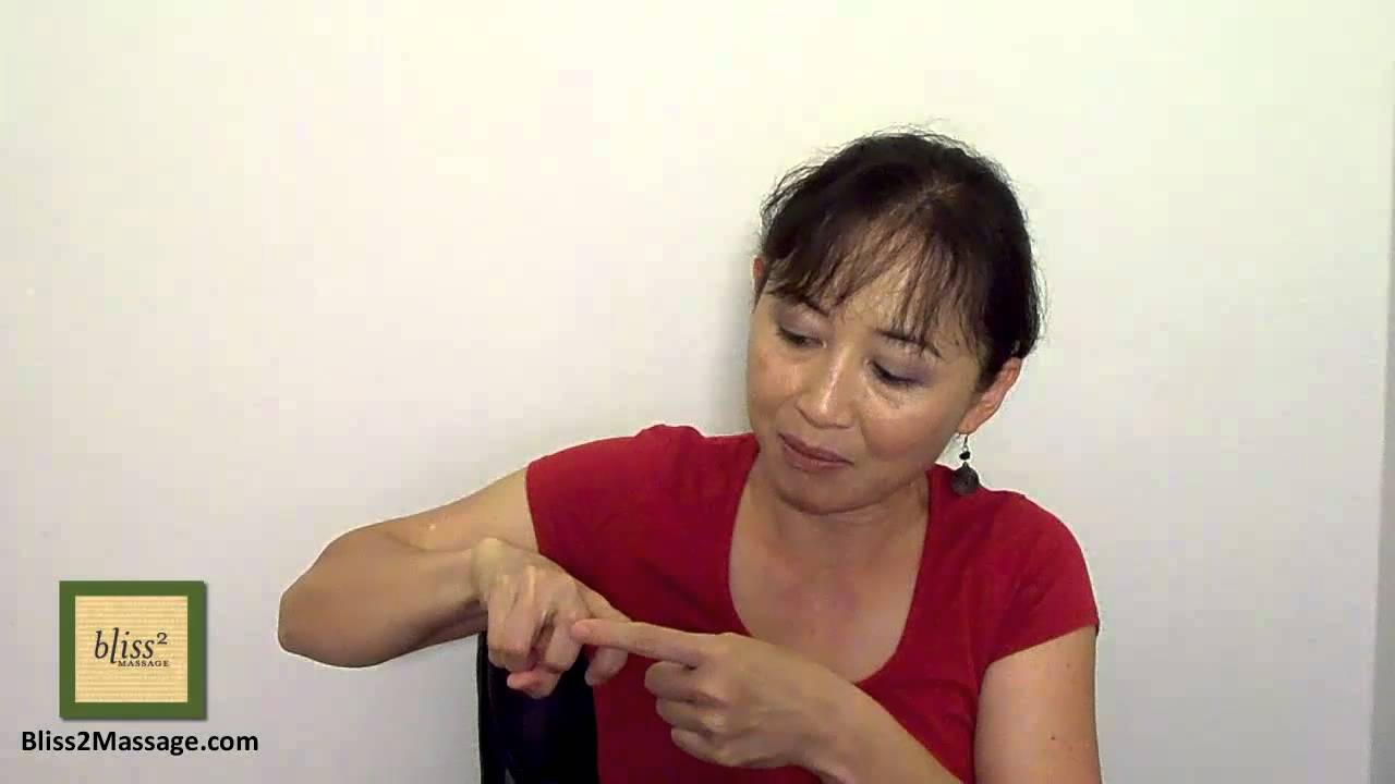 Finger Snap How To Massage Your Finger Asian Style Massage Monday 118 Youtube