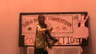Mehar dancing on punjabi folk ...kala shah kala