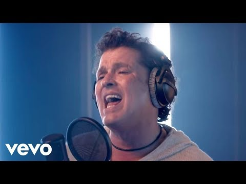 Carlos Vives – Nuestro Secreto (Official Video)