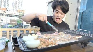 【食テロ】韓国の新居ベランダでサムギョプサルパーティーが最高すぎた!!!【庭BBQ】