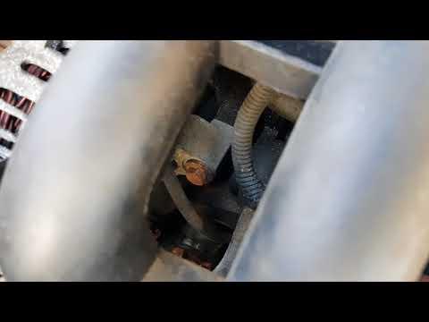 Ford Fiesta Mk4 1.4 Zetec alternator removal