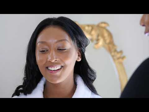 Clarins Make-Up Tutorials with Naidene Maitland