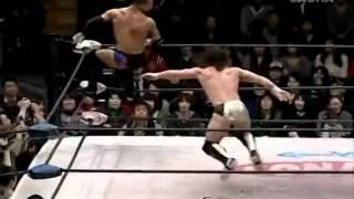 Wrestling Moves»Ricochet»Springboard Cutter