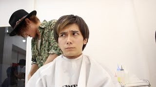 美容師見習い(?)に髪を切ってもらったら... Getting A YouTuber To Cut My Hair 2 thumbnail
