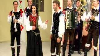Ansambel Saša Avsenika - Mladi smo (tv nastop)