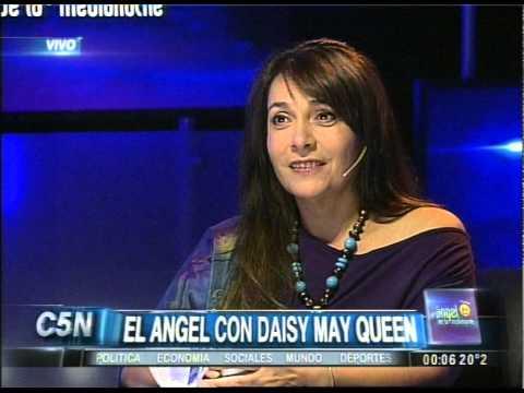 C5N - EL ANGEL DE LA MEDIANOCHE CON DAISY MAY QUEEN