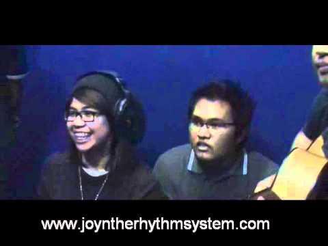 Joy n' the Rhythm System Interview @ Gita FM Jombang