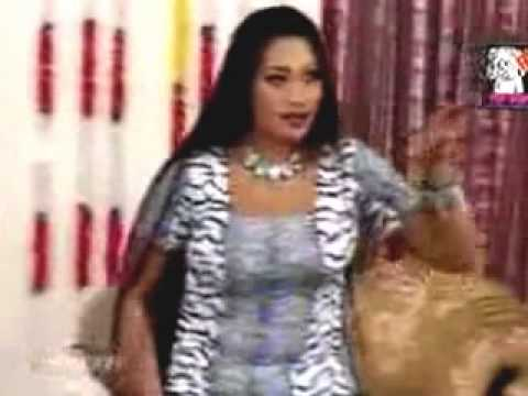 Desi Look Hot Mujra In Pakistan  2015