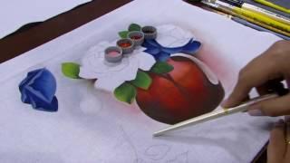 Vaso com rosa azul – Ana Laura Rodrigues PT1