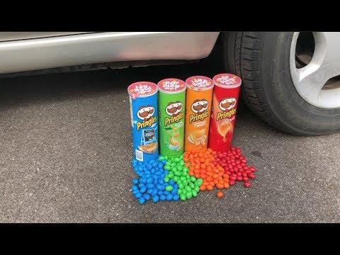 EXPERIMENT CAR VS PRINGLES AND M&M'S