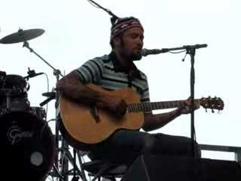 Ben Harper - With My Own Two Hands - Lollapalooza 07