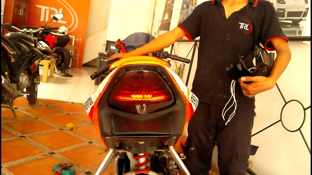Custom Brake Lamp Cbr150 Youtube Klakson Denso Waterproof Relaykabelsekring