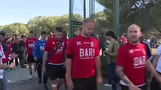 Verso Foggia - Bari: l'incontro e il discorso tra ultras e squadra del Bari