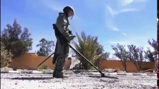 Работа специалистов Международного противоминного центра ВС РФ в Сирии(, 2016-04-05T12:22:37.000Z)