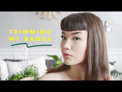 HOW I TRIM & STYLE MY BETTIE/BABY BANGS AT HOME // tutorial - YouTube