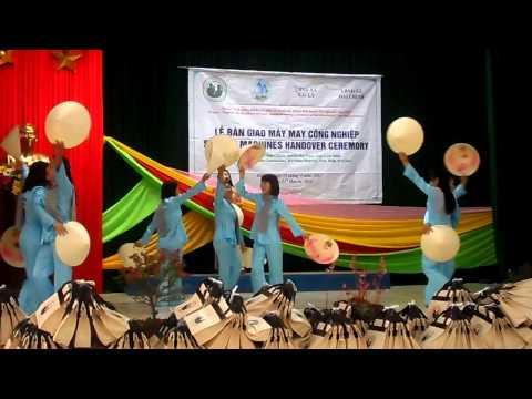 Hát múa Dáng đứng bến tre - X.8, xã Hải Lý, Hải Hậu, Nam Định