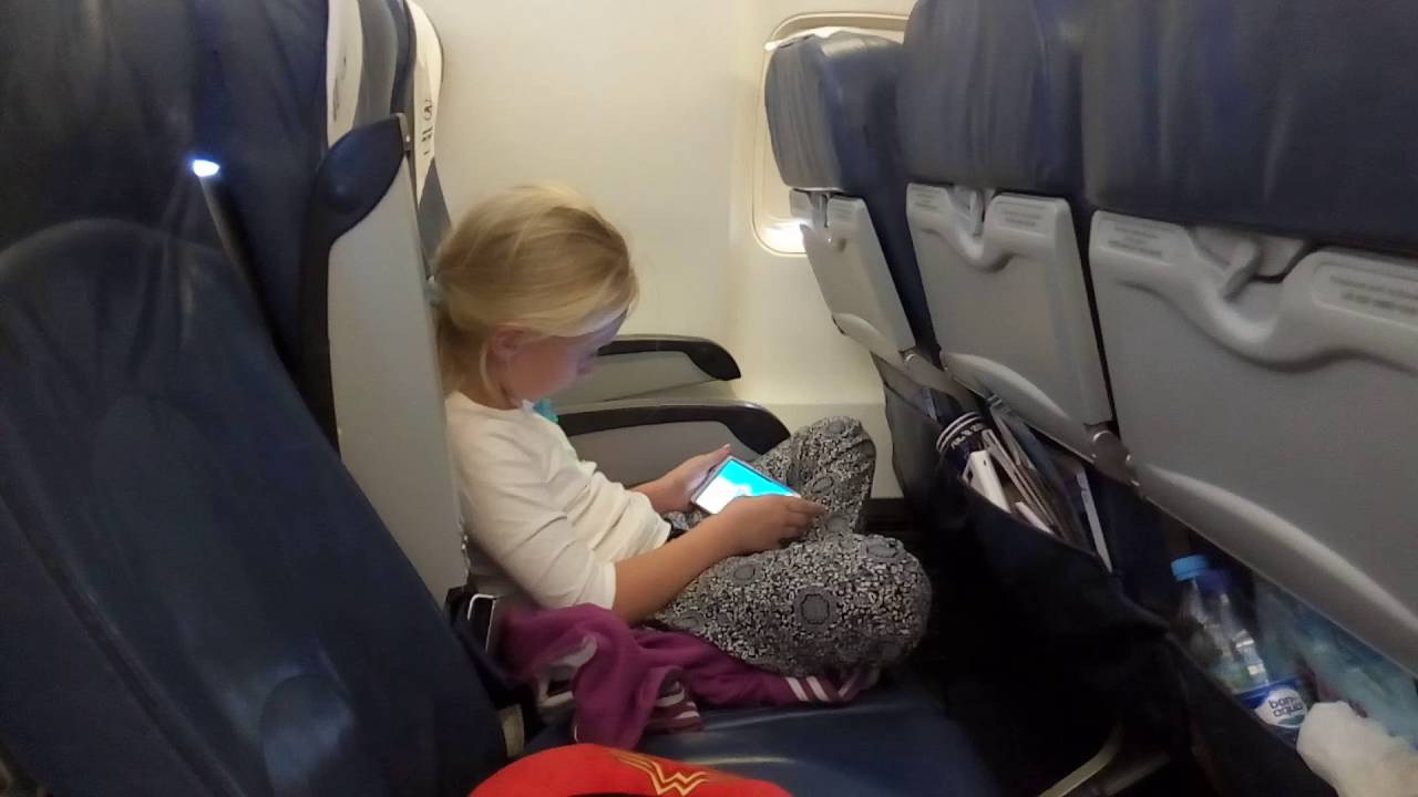 Скрытая камера в самолете