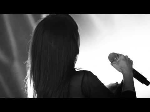 Nocturnal Solar Sessions - Amaral - Nuevas versiones de las canciones de su disco 'Nocturnal'